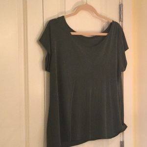 Eileen forest green 100% silk tee: subdued color.